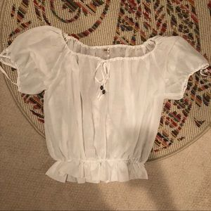 Guess off the shoulder blouse